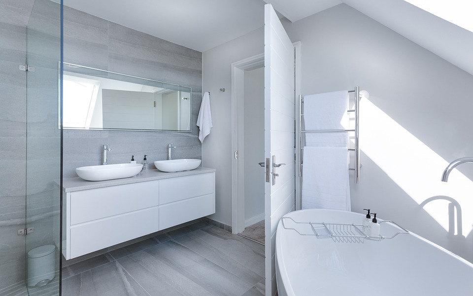 Baño moderno minimalista elegante