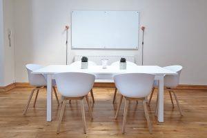 mesa minimalista moderna
